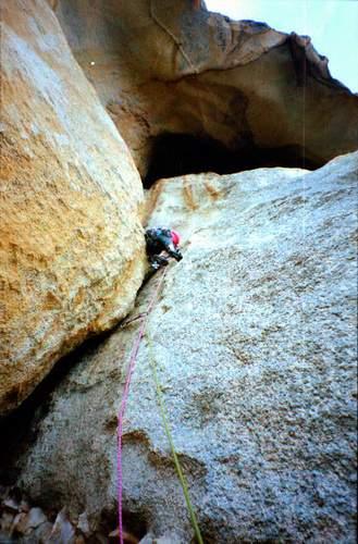 Rocca dei Banditi, parete ovest, 2a ascensione, 3 lunghezza