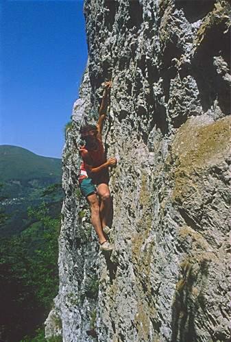 Denti della Vecchia (Canton Ticino, Svizzera), I. Guerini in posa con scarpe da tennis. 10.06.1980