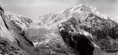 Annapurna, spedizione italiana 1973, panoramica sul versante N, sperone NW e versante WNW