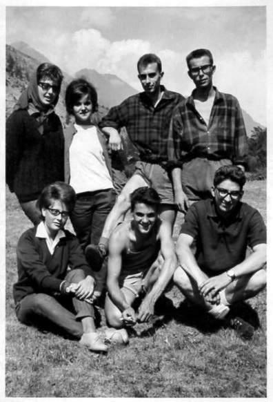G. Ribaldone in Val di Lanzo, seduto davanti ad Alberto Castelli