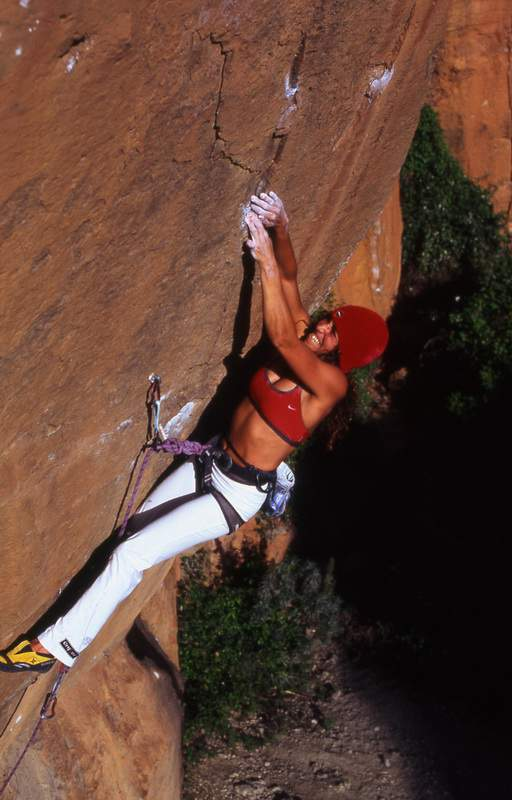 ClimbingGirls-06-Munilla 1