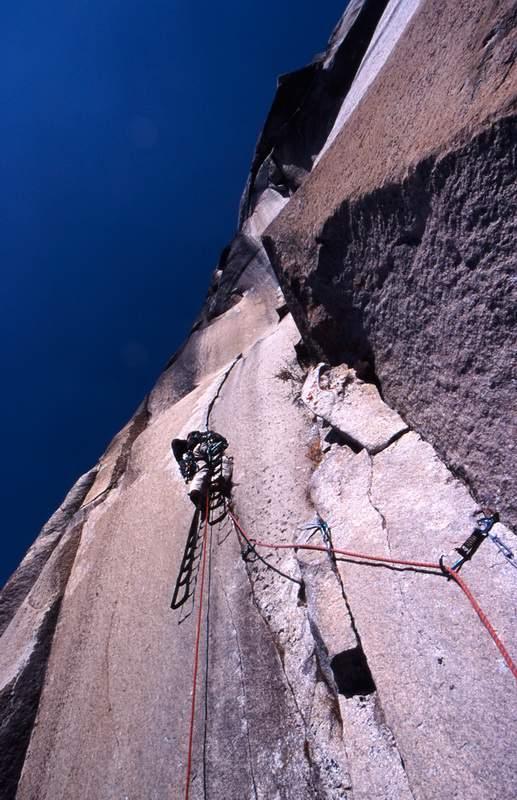 In arrampicata sul Capitan, via del Nose