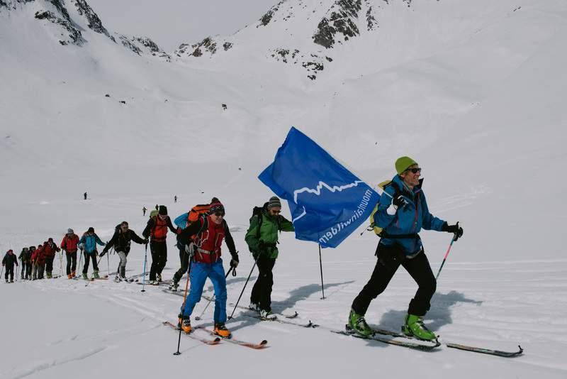 Momenti della marcia contro l'Eliski in Val Vannino.