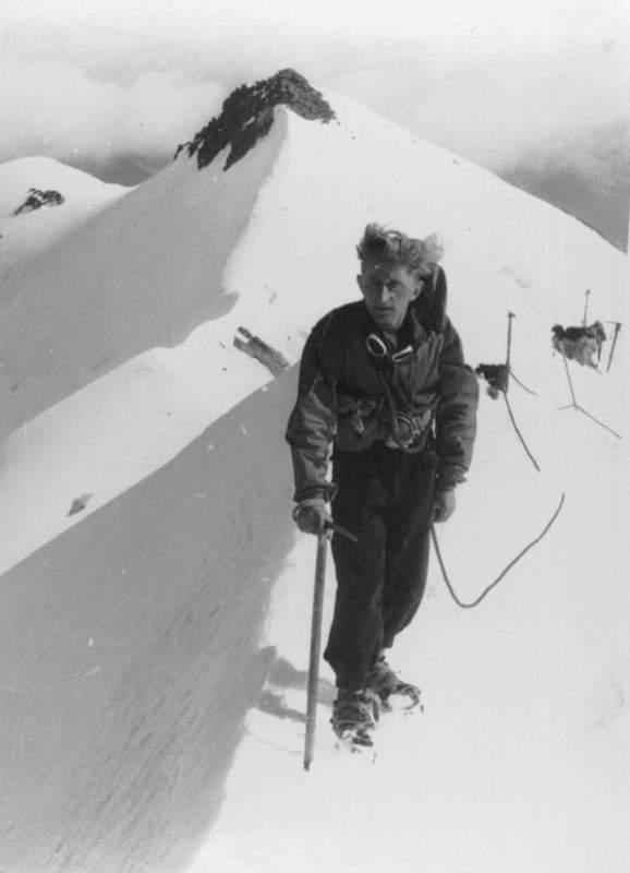 Ercole Ruchin Esposito, anni '40, sul Bernina. Archivio Emilio Galli