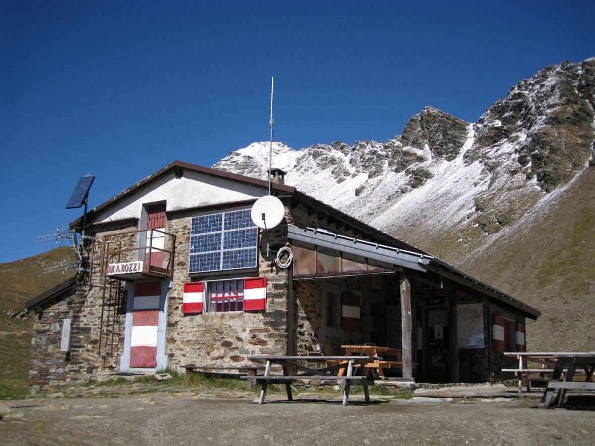 Bidecalogo-11-rifugio bozzi_1_2000