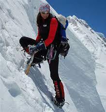 Climbing Girls 02-EdurnePasadan