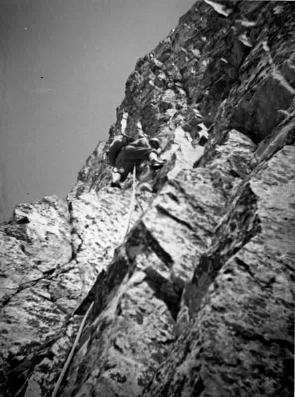 Gianni Calcagno sul IV Torrione di Tablasses, 20 giugno 1965, 1a asc del crestone NW della Testa di Tablasses