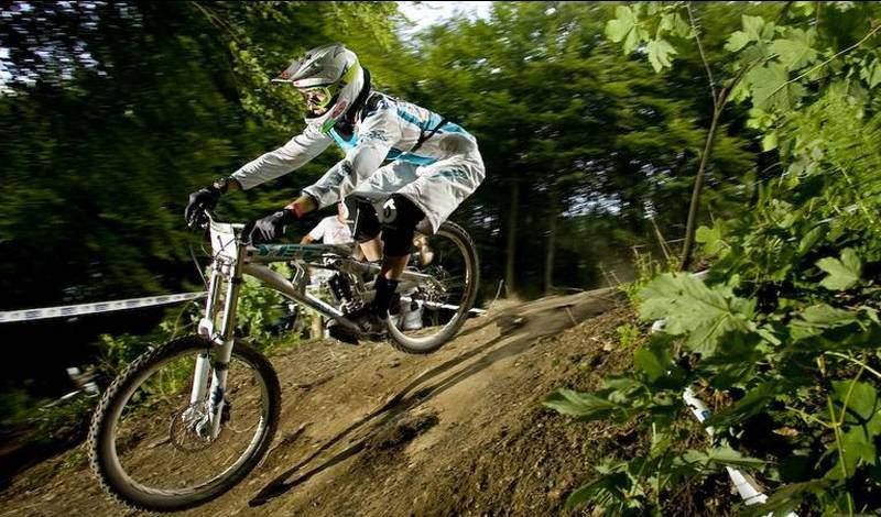 Bidecalogo16-downhill-6