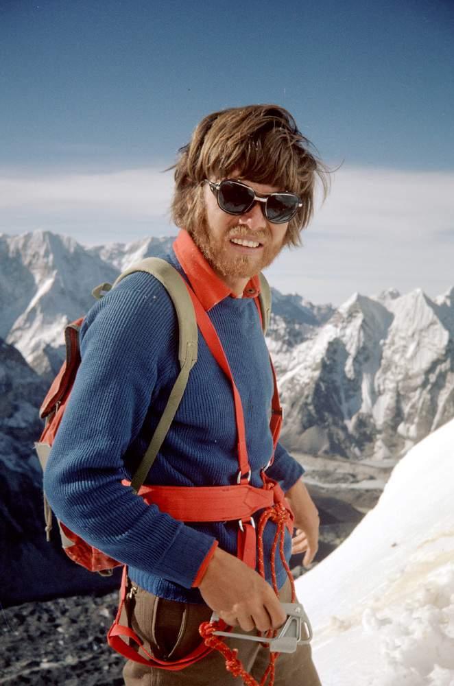 Lhotse (Nepal), parete sud, 1975 sped. naz. CAI, R. Messner al campo 2