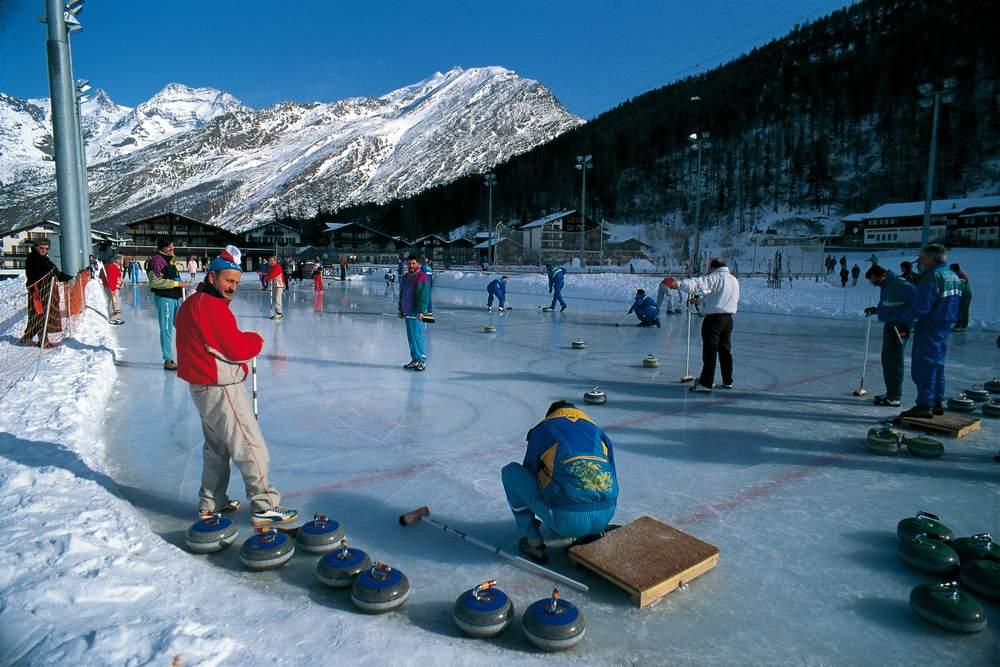 Curling a Saas Fee (Vallese, Svizzera)