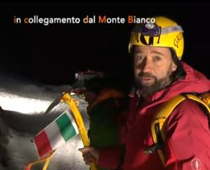 ConfiniMonteBianco-Volo-con-tricolore