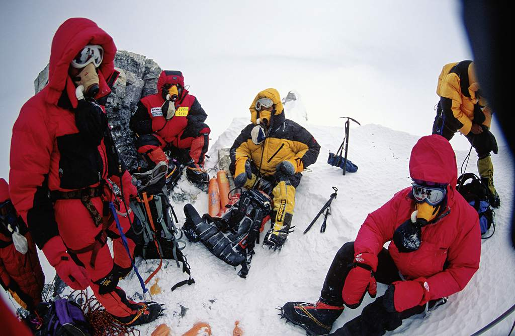 Swiss National TV: Expedition to Mount Everest