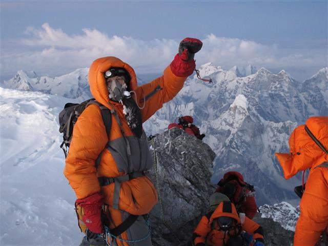 BomboleOssigeno-JK_Everest_May_2012