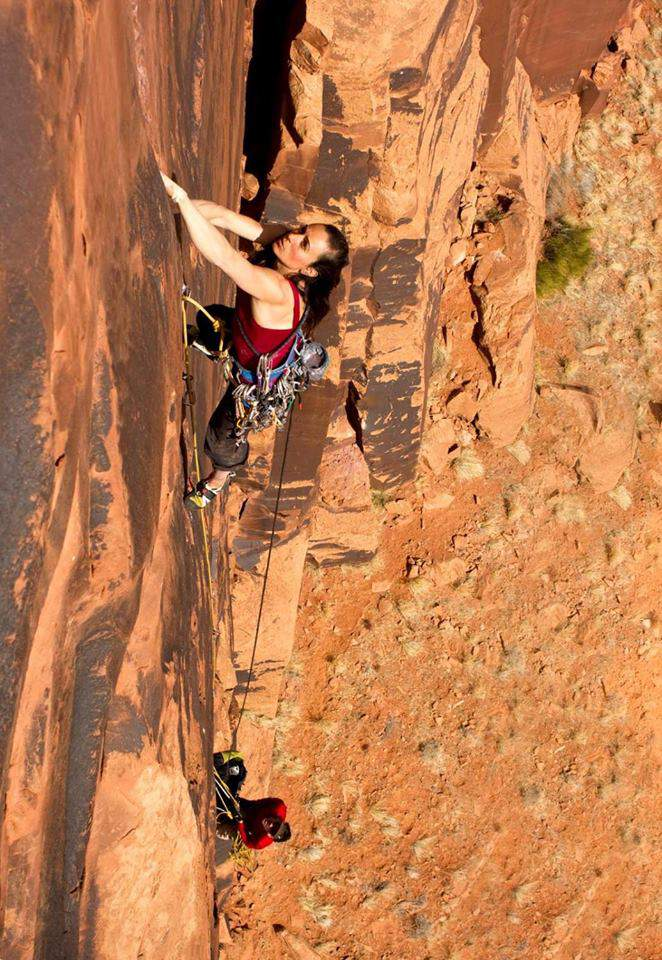 ClimbingGirls-13-Steph Davis in Indian Creek Picture by Steph Dee
