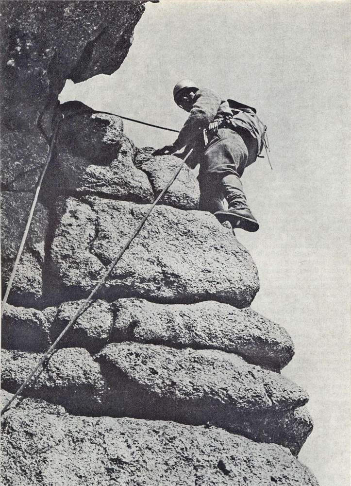 Alessandro Gogna sulla via degli Svizzeri al Grand Capucin, 1967. Foto: Ilio Pivano