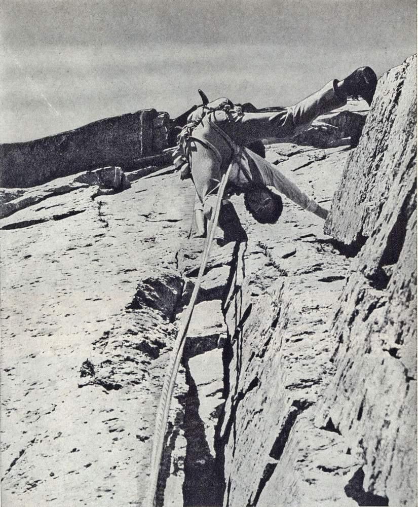 Gian Piero Motti sulla parete sud-est del Becco Meridionale della Tribolazione, via Grassi-Re