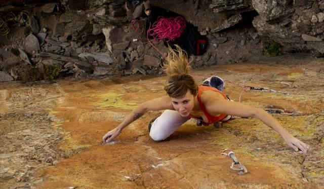 ClimbingGirls-24-Jenn Flemming
