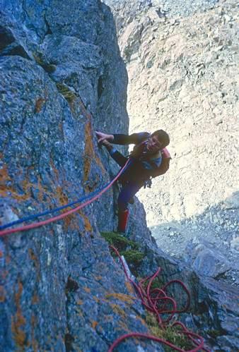 Punta Cristalliera, val Chisone, gruppo Orsiera-Rocciavré, parete sud-ovest, via Ghirardi-Gay, G.P.Motti nella 3a ascensione. , 14.10.1969
