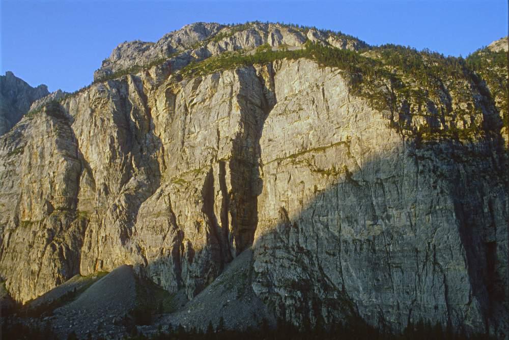Valle Stretta (Bardonecchia), Parete dei Militi.