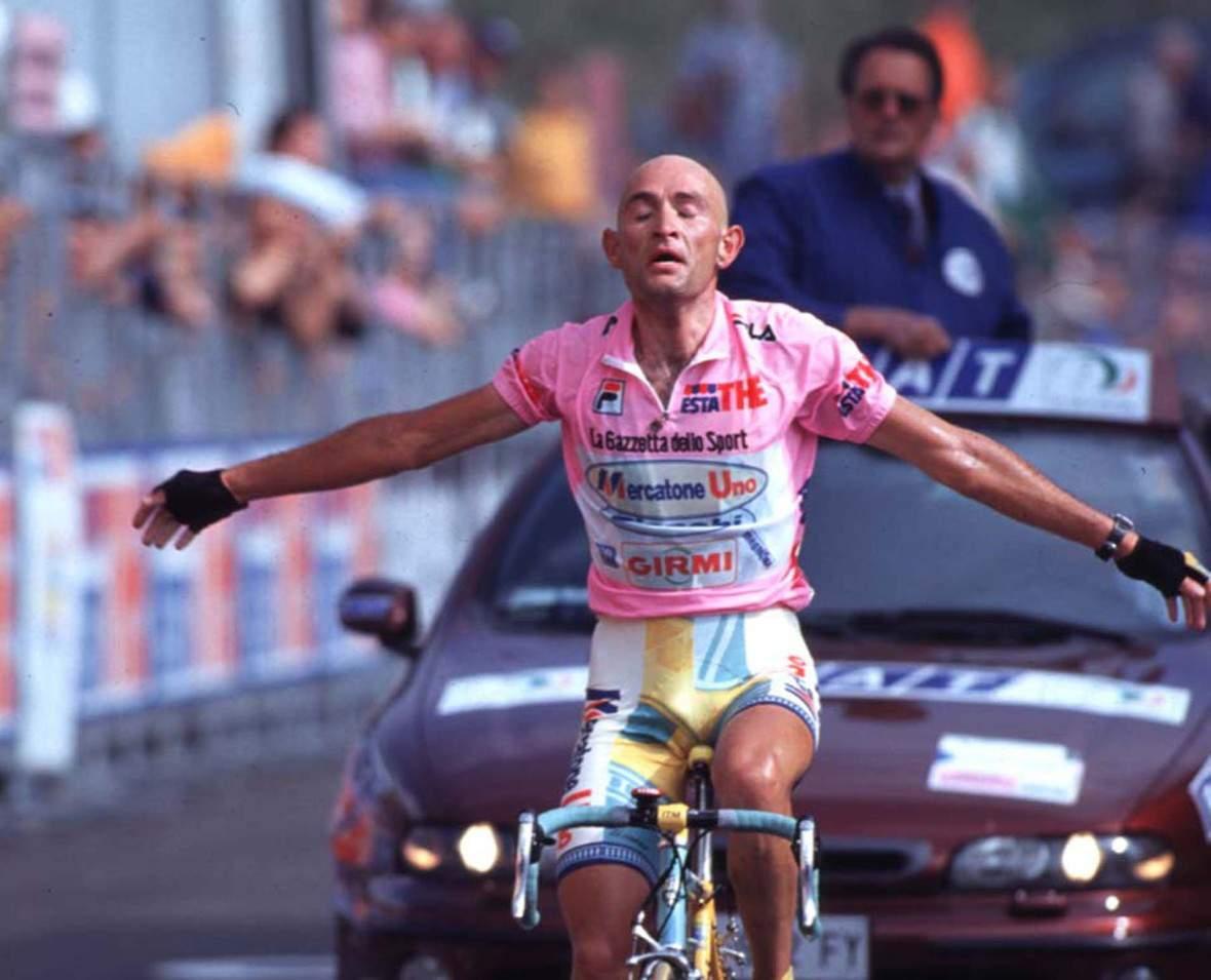 Giro d'Italia 1998 - 14a tappa Schio - Piancavallo - Marco Pantani (Mercatone Uno) - BettiniPhoto©2011