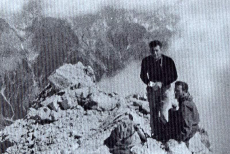 Franco Olivo e Ivano Cadorin sulla Cima Fanton. Archivio Ivano Cadorin.
