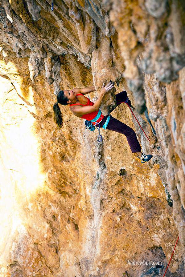 ClimbingGirls-12-Brittany Griffith on Only After Dark (6c, 5.11c), Cinema Paradisio, San Vito, Sicily. Foto Andrew Burr
