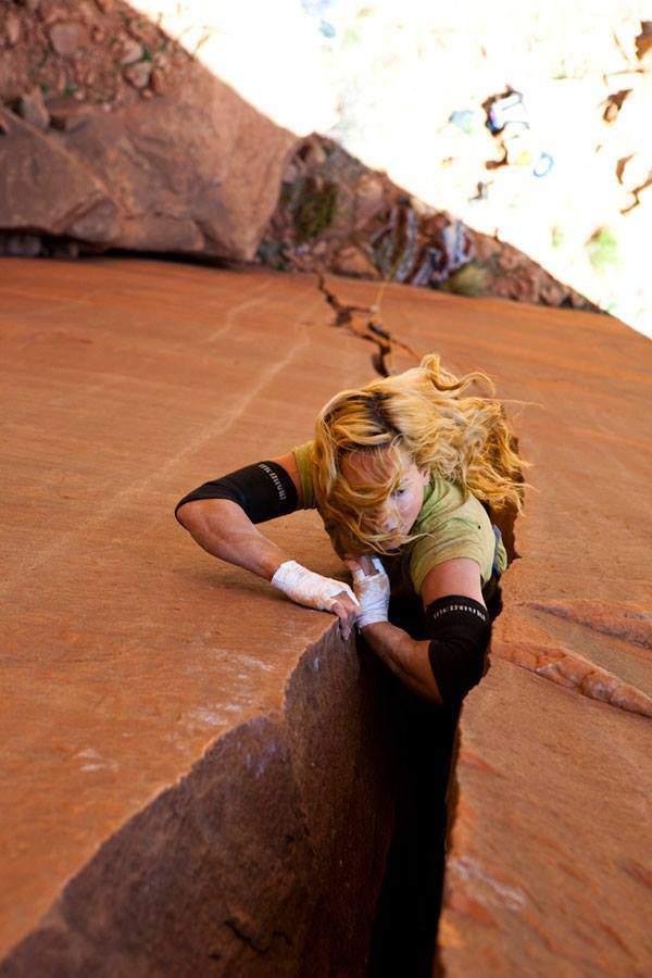 ClimbingGirls-12-Pamela Shanti Pack. Foto Andrew Burr