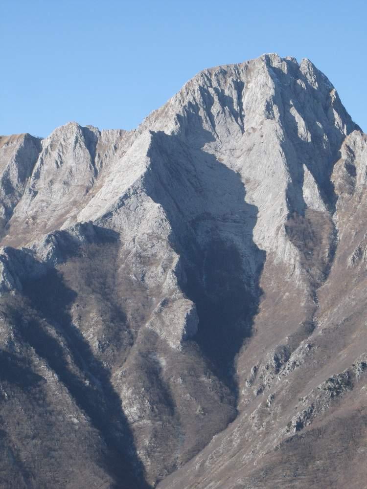 Alpi Apuane, Garfagnana, da San Pellegrinetto su Pania Secca