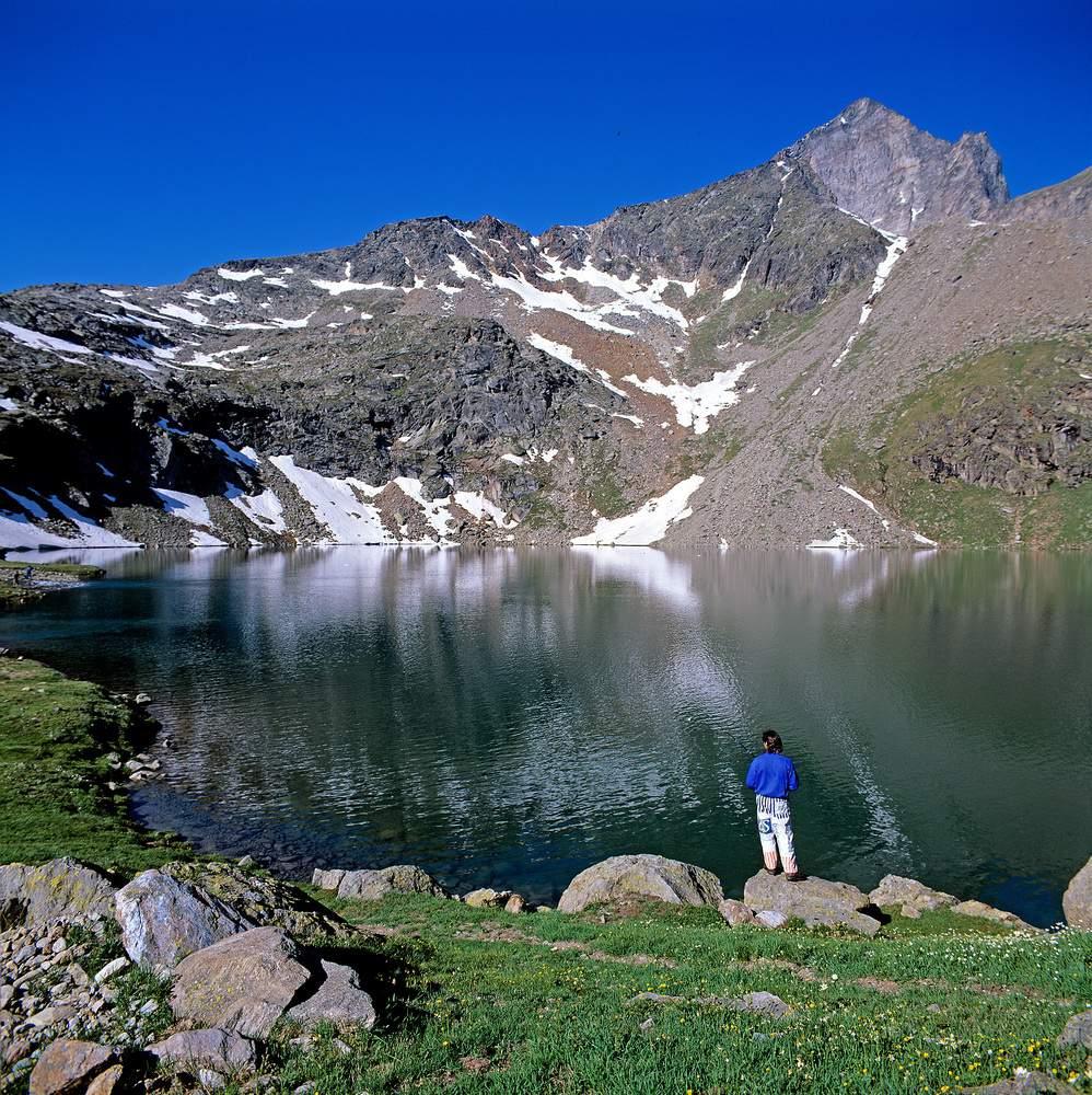 Lac d'en Bas de Laures + M. Emilius