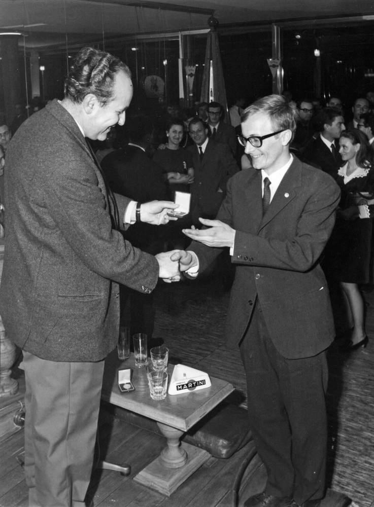 Premiazione a P. Armando. 18.01.1968, Terrazza Martini, Genova.