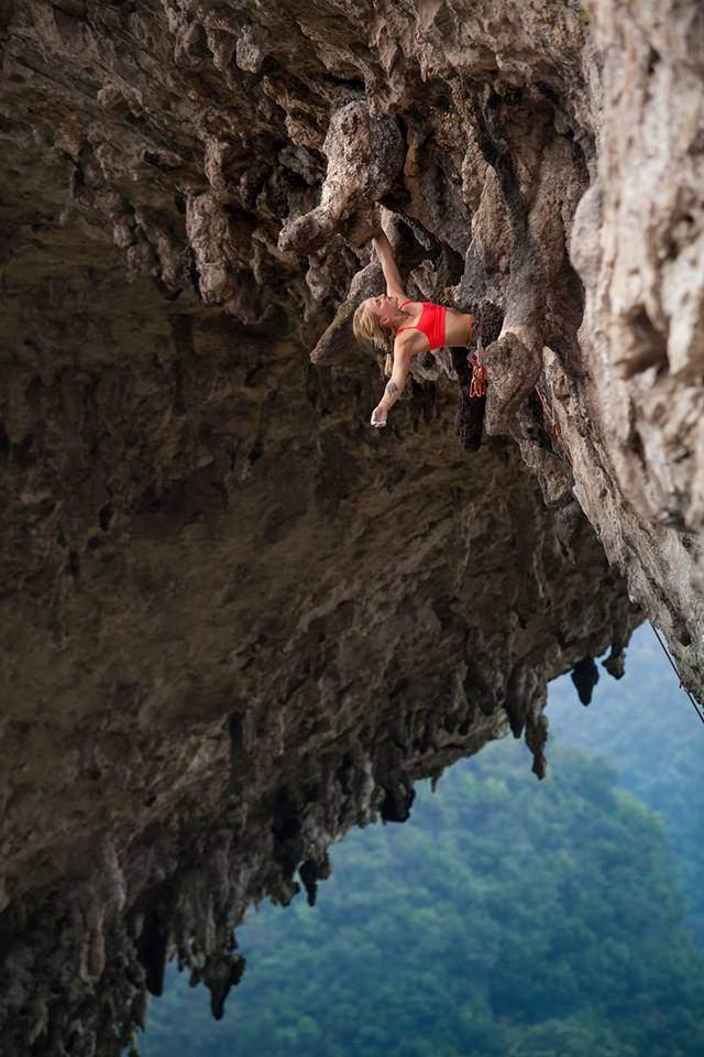 ClimbingGirls-23-Emily Harrington climbing in China-Photo by Rocker Wang