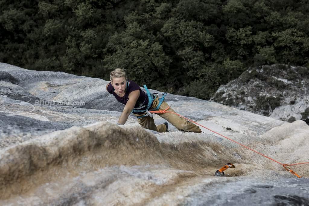 ClimbingGirls-23-FedericaMingolla-TomEtJeRis-8b+Verdon