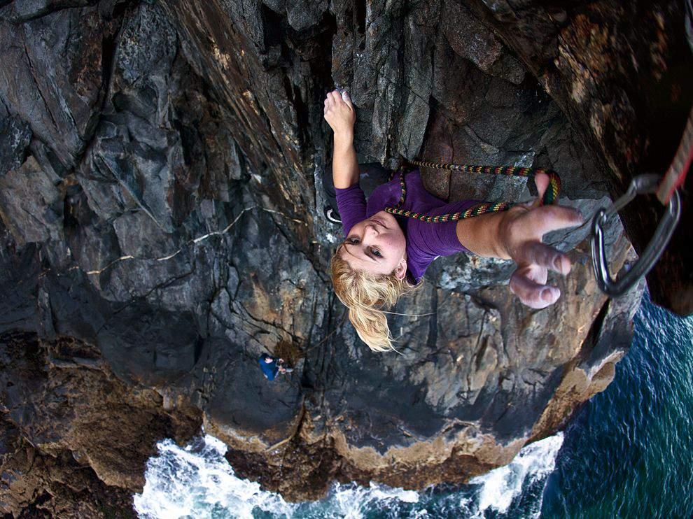 ClimbingGirls-23-hazel climbing at acadia national park
