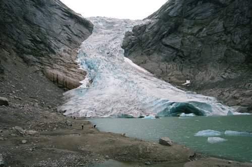 gocce-ghiacciaio-di-briksdal-7